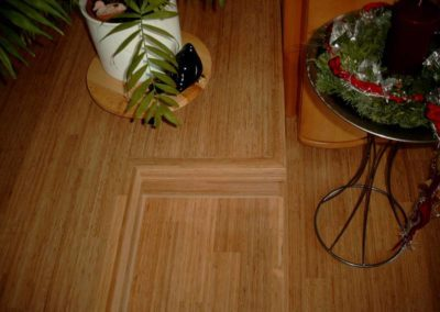 Bambus dunkel Stufe im Raum